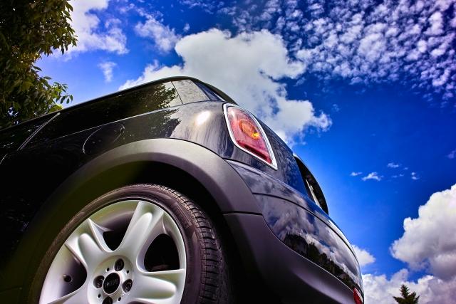 ミニマリスト今世紀最大の断捨離は!?車を持つよりタクシー生活の方がよほど節約に!