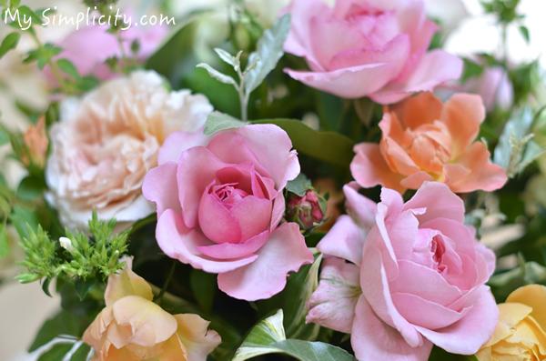 バラの芳香にうっとり。こんまりさんも勧める花のある幸せなシンプルライフ
