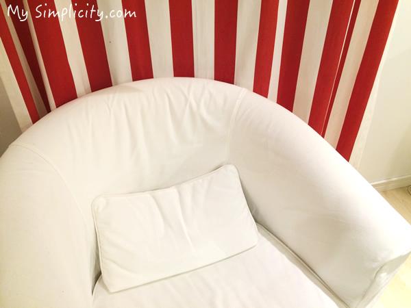 IKEAの新しいインテリア・ディスプレイ、赤×白×黒のインテリアでシンプルライフ