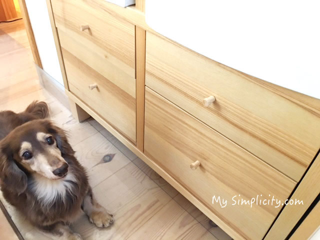 IKEAの収納家具で間仕切りしたペット部屋、家の中の変形スペースどう使う!?