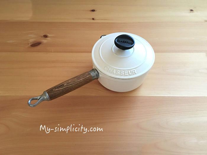 鋳物ホーロー鍋や野田琺瑯など表面が錆びたりはがれるのを防ぐ方法