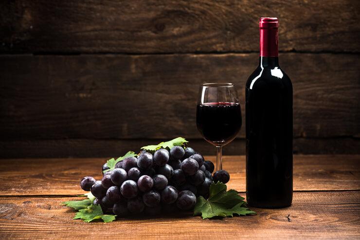赤ワインをYチェアー(椅子)にこぼしたシミ抜きに成功、クエン酸で落とした体験談